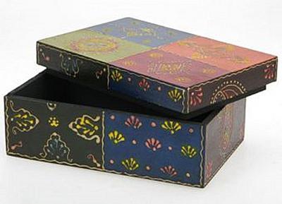 aufbewahrungsbox-holz-mit-orientalischem-design