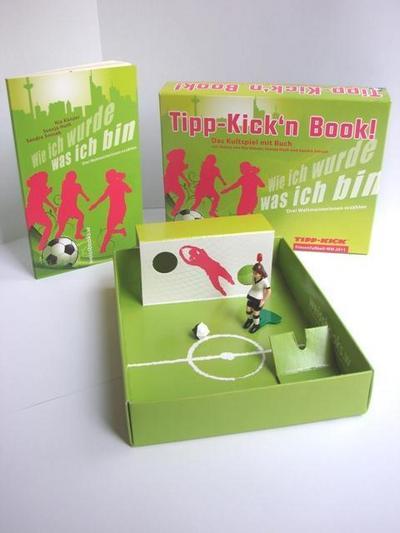 Tipp Kick'n Book: Das Kultspiel mit Buch. Mit Texten von Nia Künzer, Svenja Huth und Sandra Smisek. Drei Weltmeisterinnen erzählen.