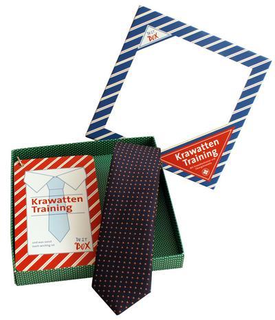Krawattentrainer: Die Krawatten binden Übungsbox - Wolf Präsente - Karten, Deutsch, , Die Krawatten binden Übungsbox. enthält: Buch-Fächer Krawattentraining, am Ring, um an einen Bügel zu hängen. Dazu: Moderne Übungskrawatte 6 cm breit, 100% Polyester, Die Krawatten binden Übungsbox. enthält: Buch-Fächer Krawattentraining, am Ring, um an einen Bügel zu hängen. Dazu: Moderne Übungskrawatte 6 cm breit, 100% Polyester