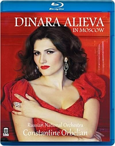 Dinara Alieva In Moskau