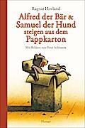 Alfred der Bär und Samuel der Hund steigen aus dem Pappkarton